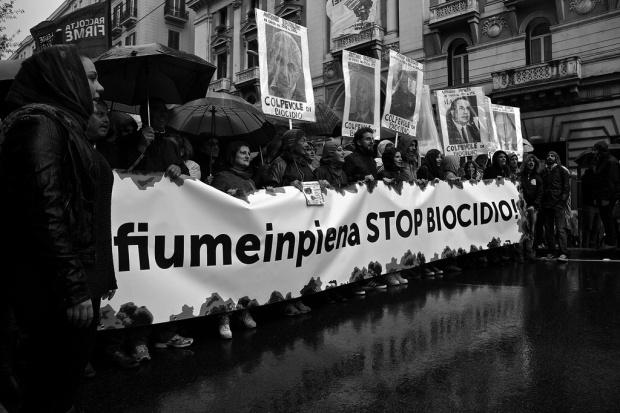 Μία διαδήλωση στη Νάπολη, το Νοέμβρη, μάζεψε 100,000 πολίτες. Φωτογραφία: imbroglionefiorentino/Flickr
